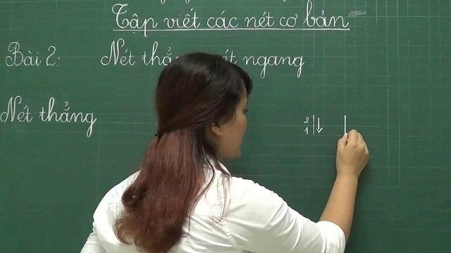 Dạy bé viết mẫu chữ cái tiếng Việt nên bắt đầu từ những nét cơ bản